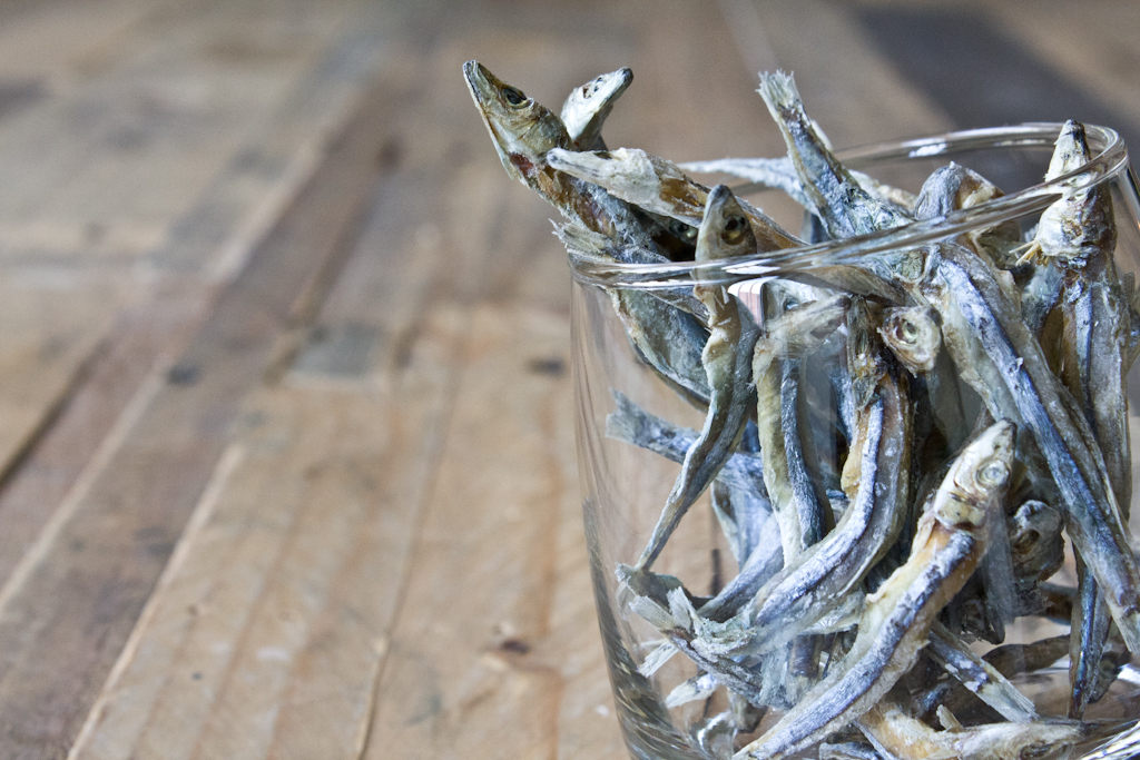 ikan bilis (aka anchovies, dried)